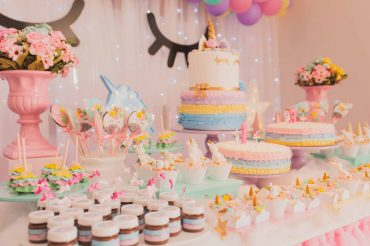 cakes-on-table-1857157
